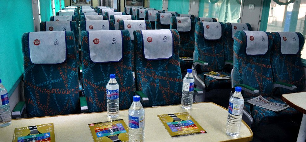 gatimaan express got loss of 16 lakh in two days