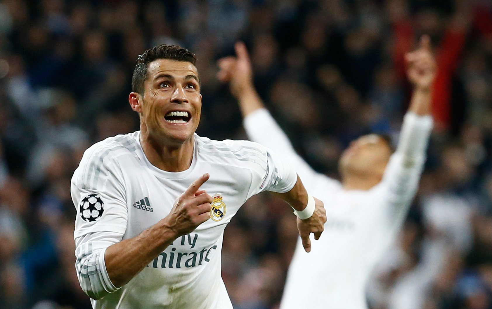 Real Madrid beats Malaga by 3-2 cristiano ronaldo scores well