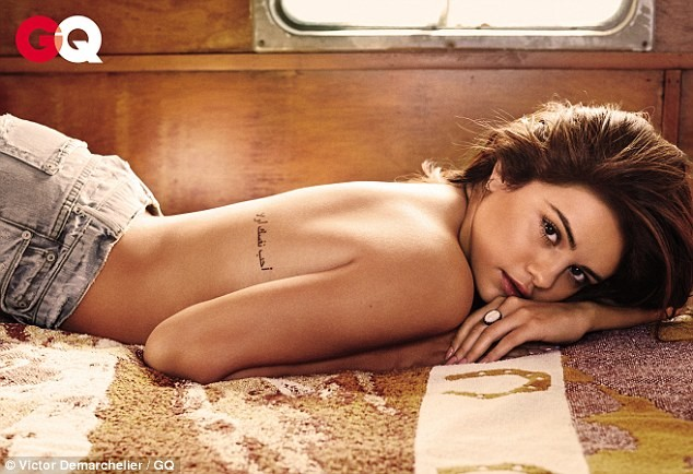 topless photoshoot by selena for GQ magazine