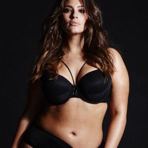 ashley graham shows off her curves