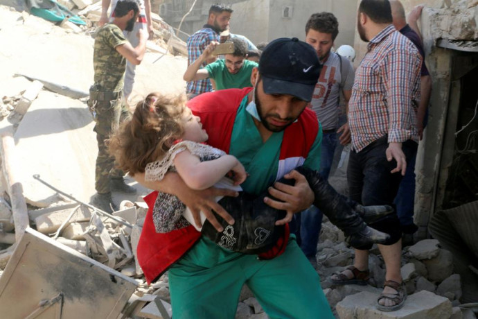 Airstrikes in aleppo, see in pictures
