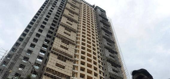 Adarsh housing ,adarsh housing scam ,vilasrao deshmukh ,ashok chavan,भ्रष्टाचार,आदर्श नमूना,मुंबई,बहुमंजिला इमारत