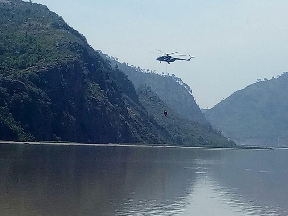Image result for वैष्णो देवी पहुंची उत्तराखंड के जंगलों की आग
