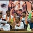 congress rebel mla creates problem for harish rawat again