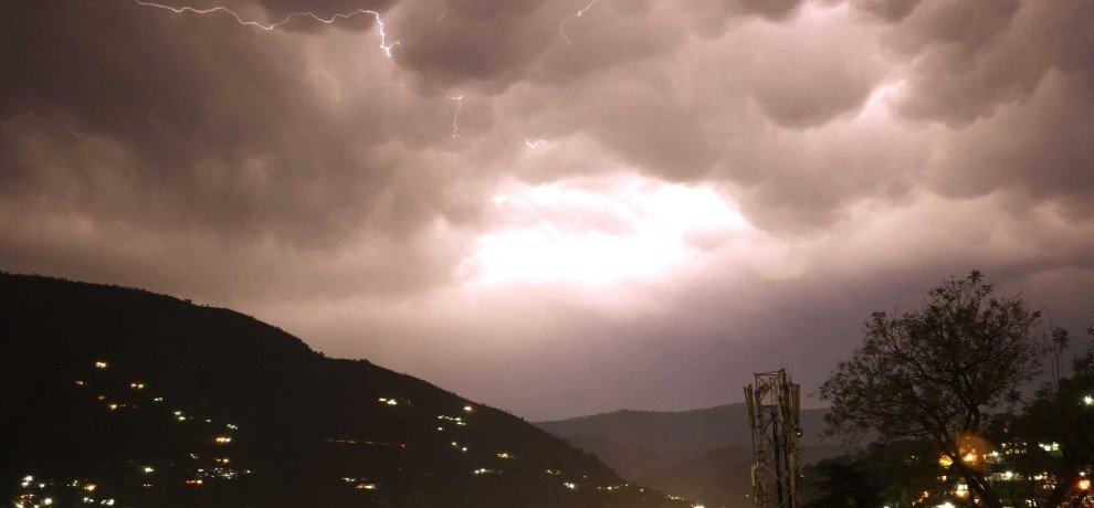 Forecast of Storm in Himachal.