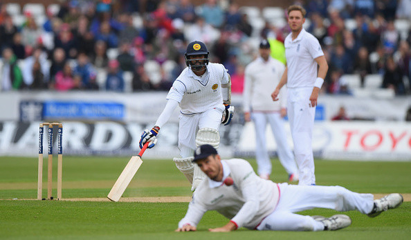srilanka in very poor condition agaisnt england