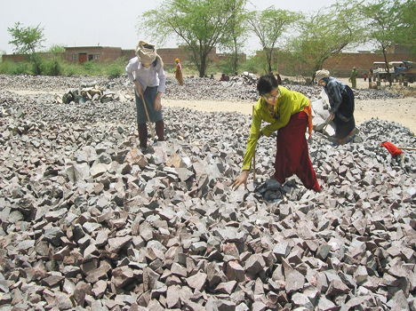 345 Crusher Divides Death In Bundelkhand - बुंदेलखंड ...