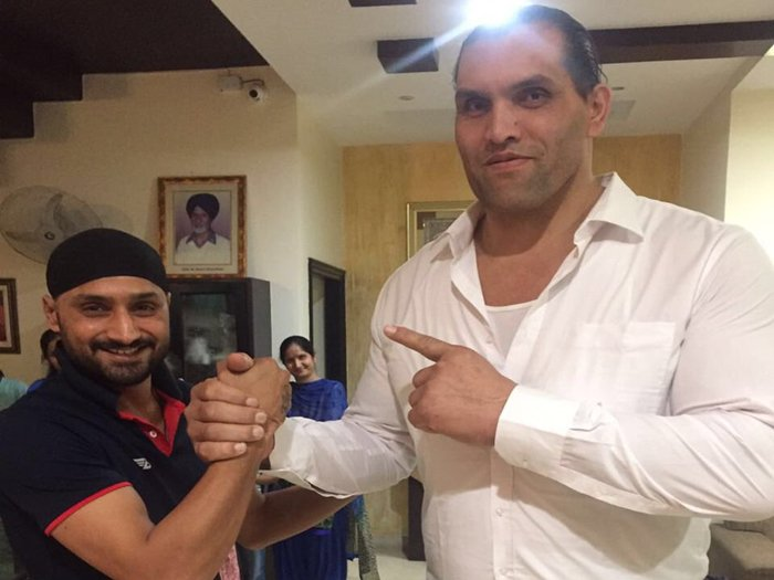 Harbhajanmet with the Great Khali  recently. (Amar Ujala)