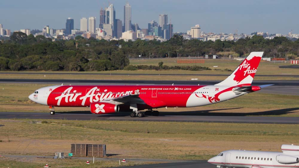 air asia launches new offer for ticket bookings at rupees 1400