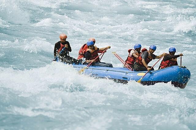 River Rafting Adventure Sports in Himachal Pradesh