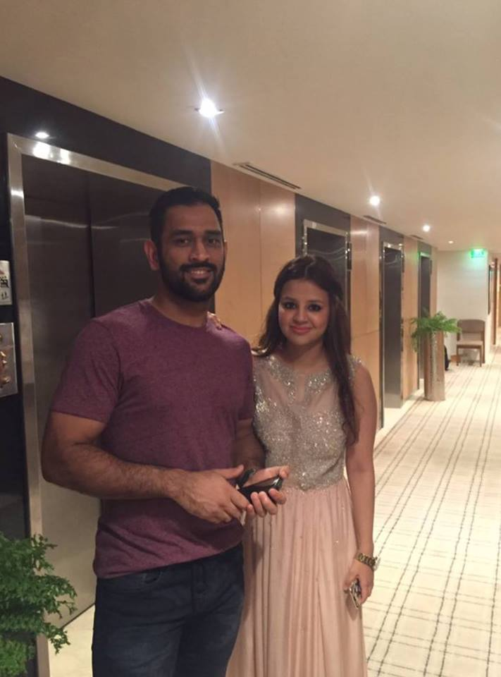 Love Story Of Mahendra Singh Dhoni And His Wife Sakshi Singh Rawat ...