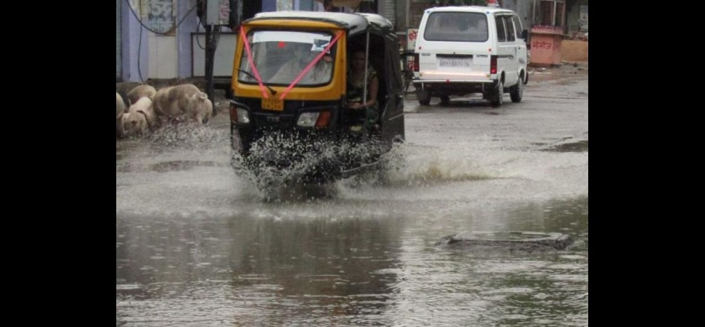 keep your vehicle protected with insurance as it will help in monsoon season