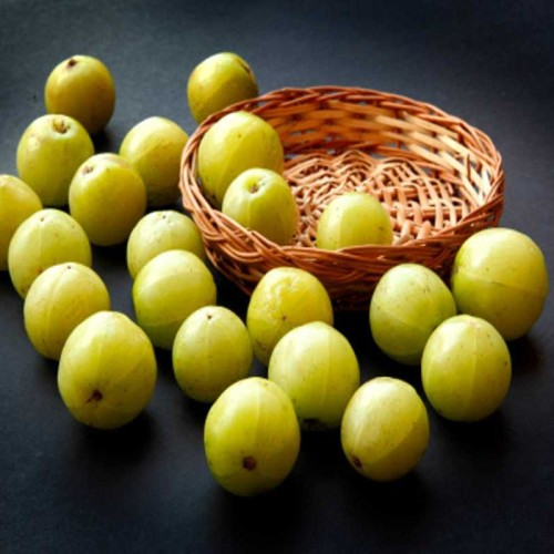 Know how amla can help you to get rid of Pigmentation and freckles