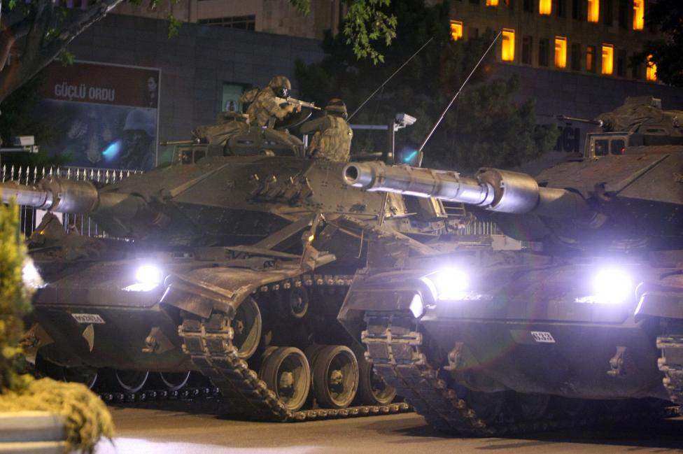 PHOTOS: MILITARY ATTEMPTS COUP IN TURKEY