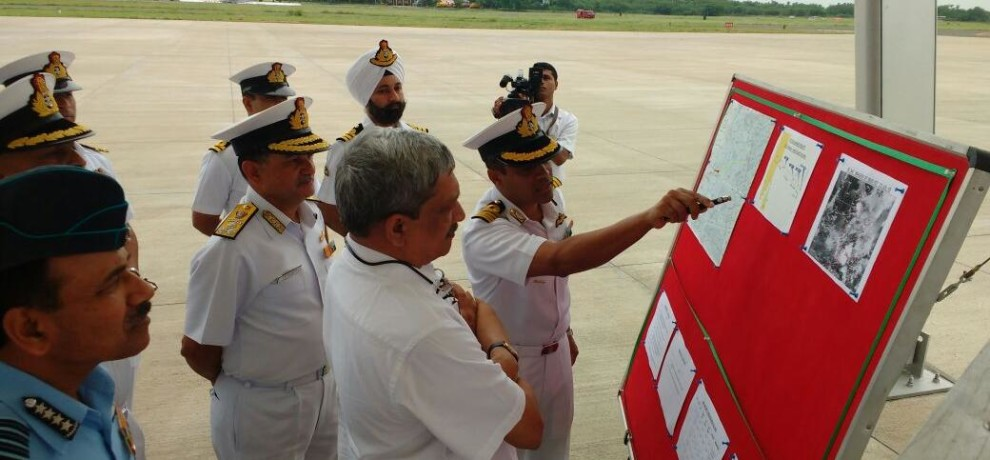 PLANE-PARRIKAR Missing IAF plane: Parrikar in Chennai to monitor ops
