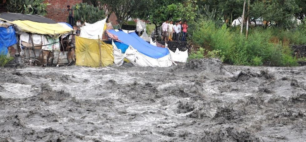 Two killed in heavy rainfall in Himachal.