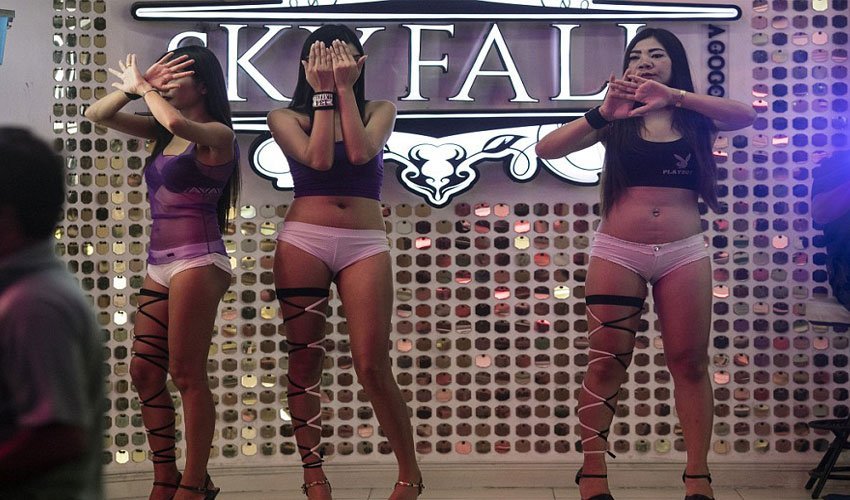 Apologise, but Thiland girls nude boos are mistaken
