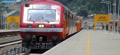 Rail service disrupted in kashmir