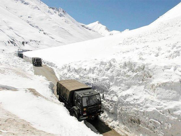 zojila tunnel in j&K