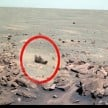 alien lose a shoe on Mars