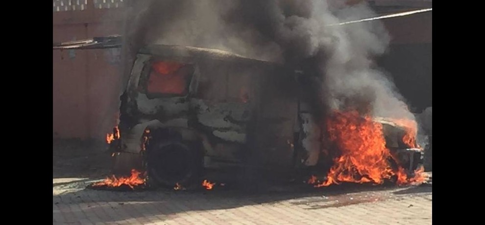 horrible fire in scorpio car standing outside petrol pump in radaur of yamunanagar