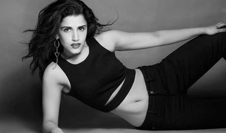 raveena taurani is ready for entry in bollywood