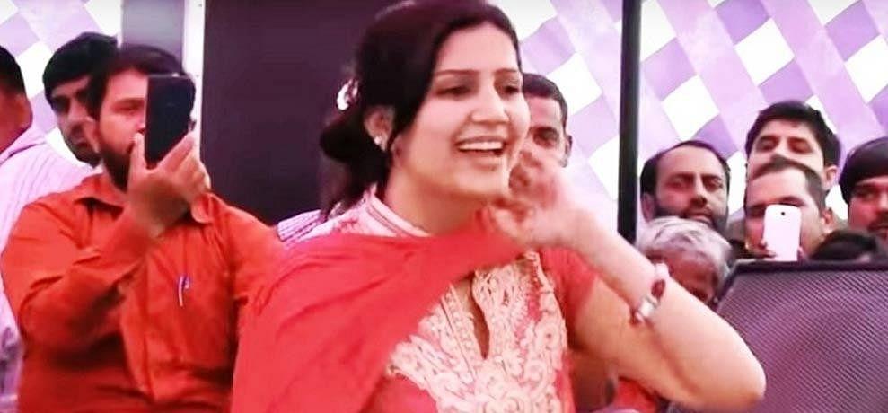 big relief to haryanvi singer sapna chaudhary from punjab haryana highcourt