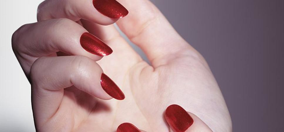 simple tips for nail paint removing