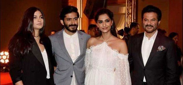 harshvardhan is not able to give answer of anil kapoor