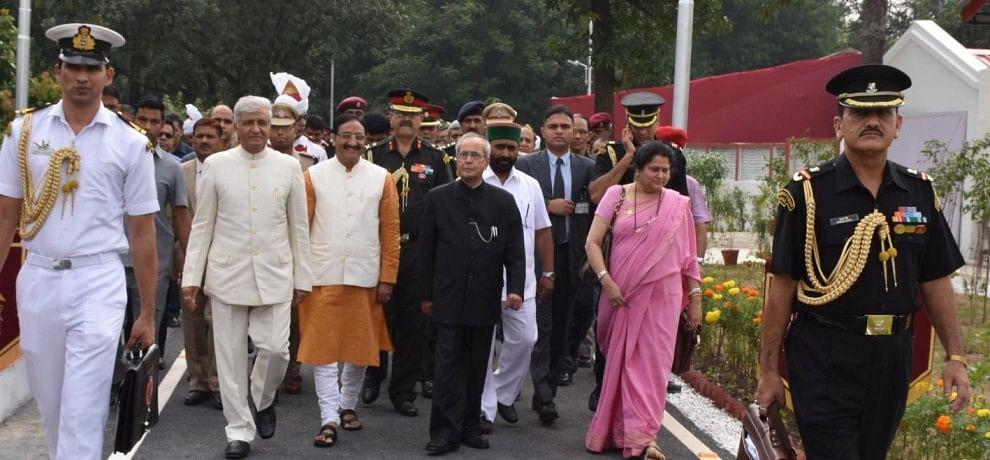 photos of president dehradun visit.