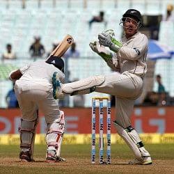 कुछ इस तरह ईडन में गेंदबाजों के आगे लड़खड़ाए भारतीय बल्लेबाज