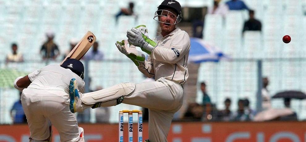 Indian Batsmen Struggling Before New Zealand Bowlers In Eden Gardens