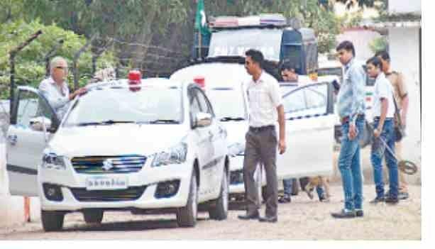 rahul,  road show