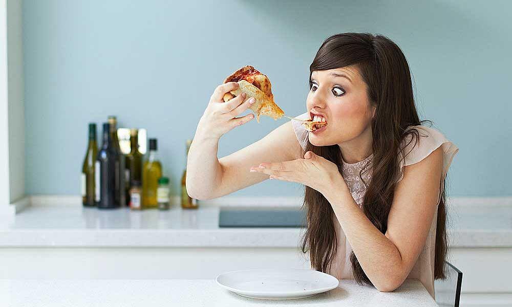 Image result for भूलकर भी रात को न खाएं ये चीजें वरना हो सकता है ये