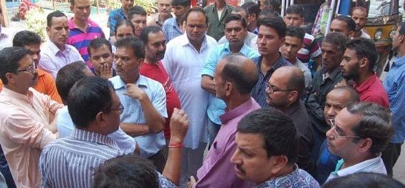 crowd beaten driver, death