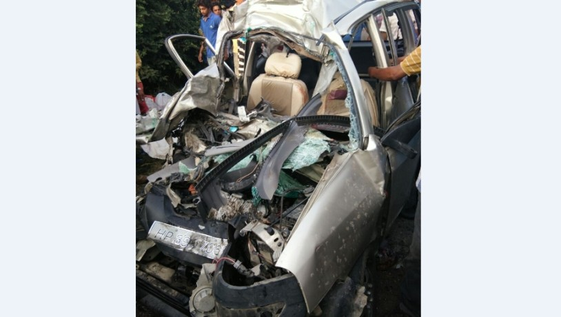 Truck collided with a car, a death, three injured