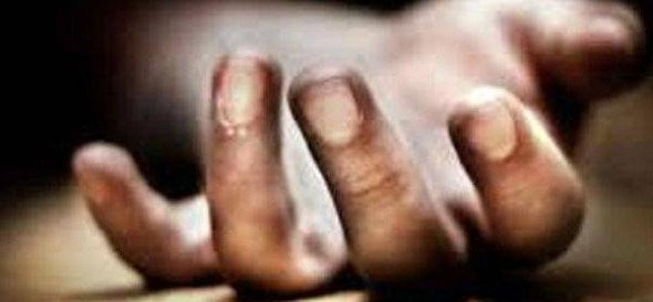 girls strangles her sister to death in south kashmir