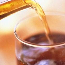 बढ़ती उम्र में काली चाय बचाती है झुर्रियों और दाग धब्बों से