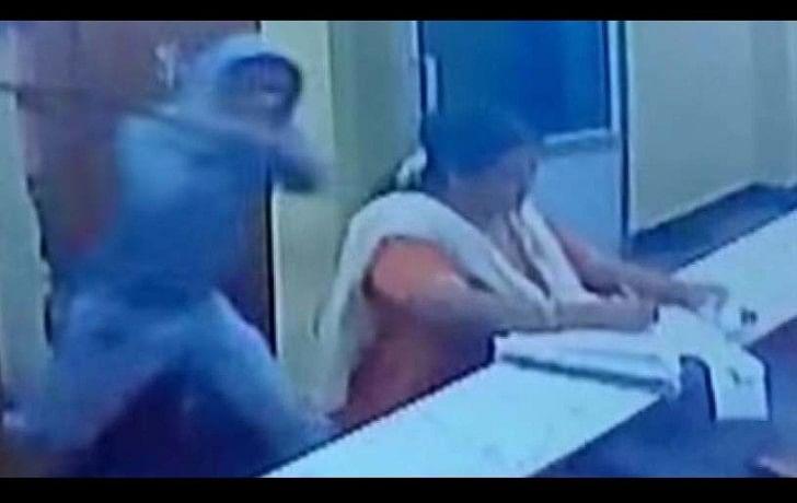 man tried to kill woman by machete in Karnatka's temple