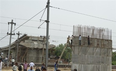 govindpuri bridge will be ready in six months