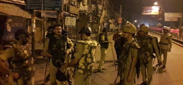 firing at hostal in lucknow university.