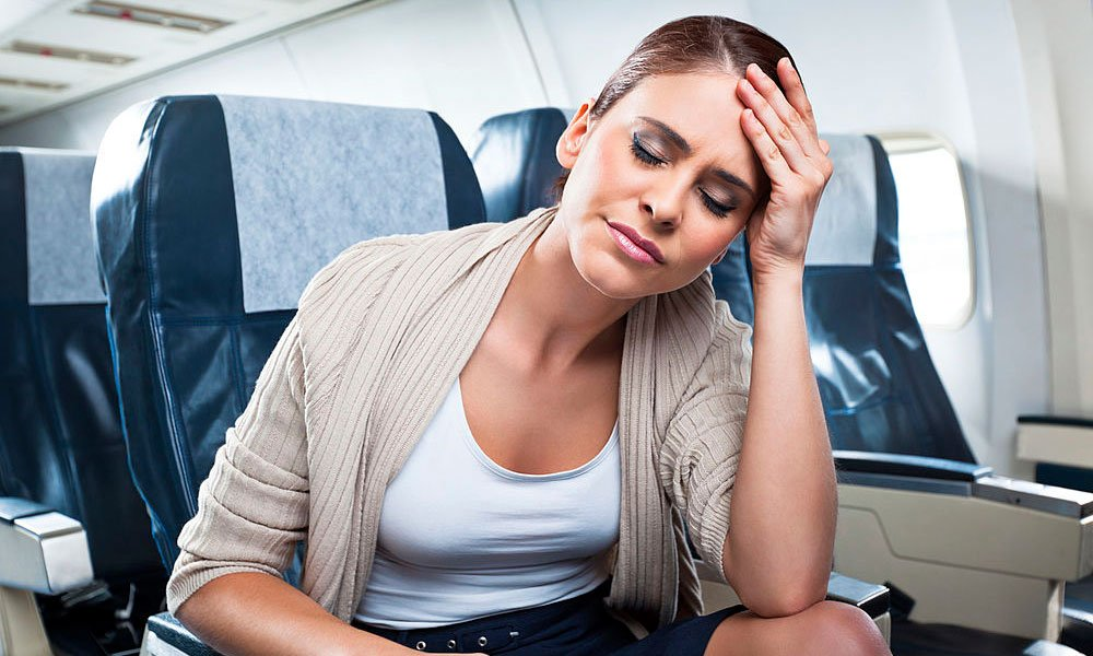Tips To Cure Vomiting while travelling