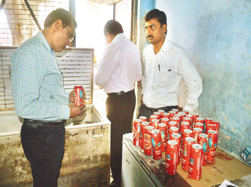 Deputy Commissioner of Haryana's 39 beer Kane caught Kanpur