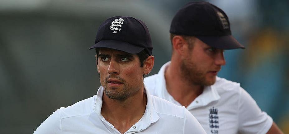 Alastair Cook can loose England's captaincy after Mumbai test defeat