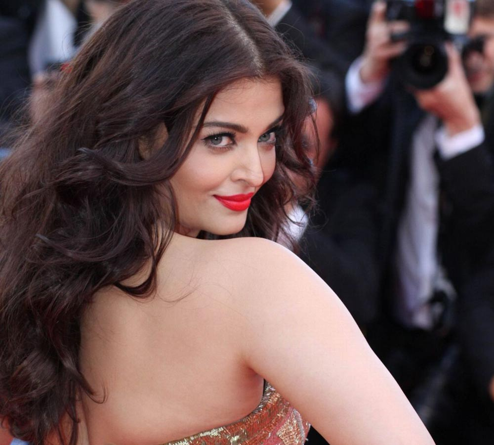 Aishwarya's tryst with young actors
