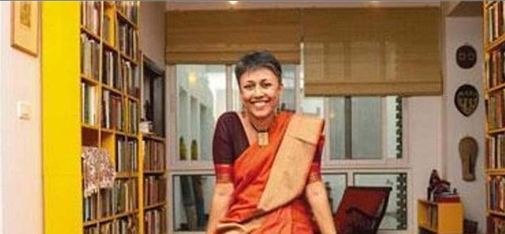 murder case registered against du professon in Chattishgarh