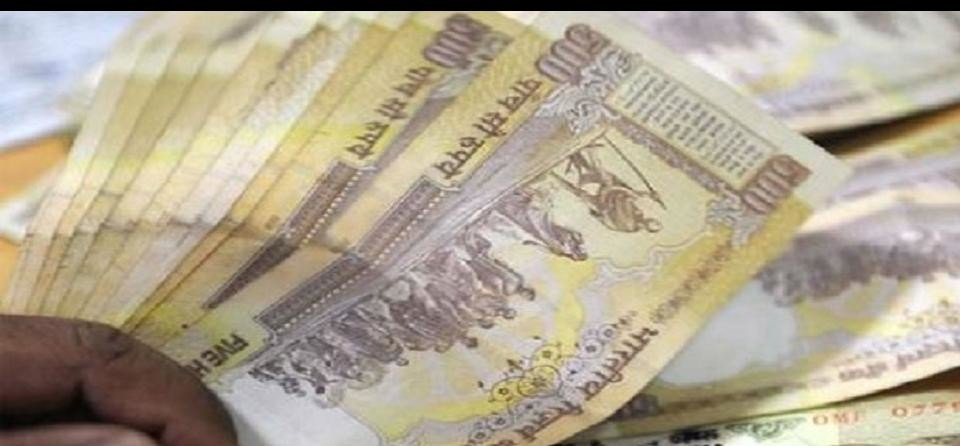 No 500 note remain in use at petrol pump-airport from Dec 3
