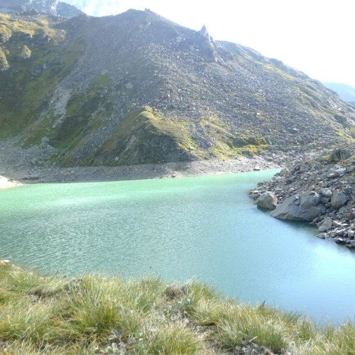 santopath lake in uttarakhand