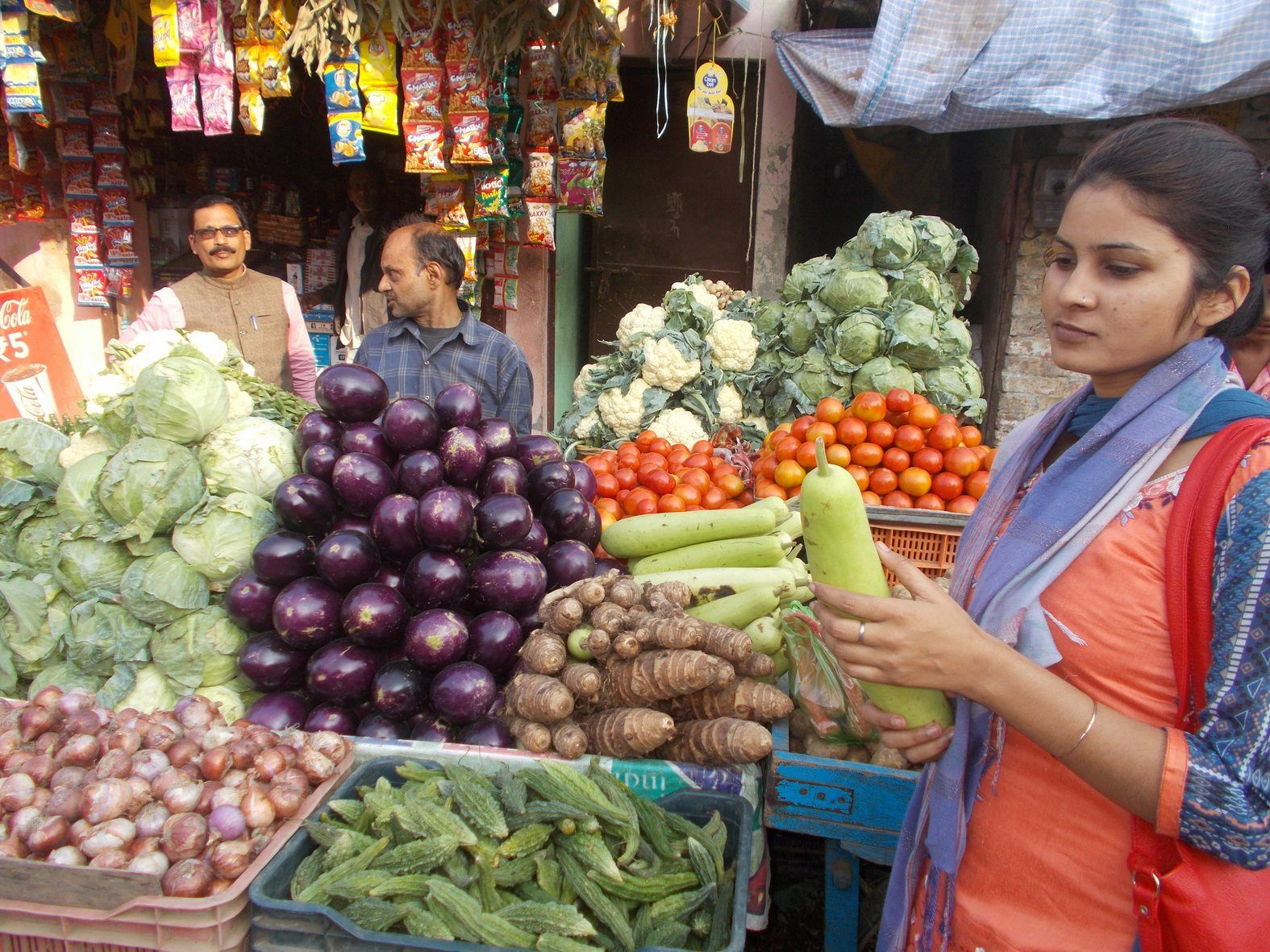 retail inflation in october touches a new record of 4.62 percent, breaks 15 month record