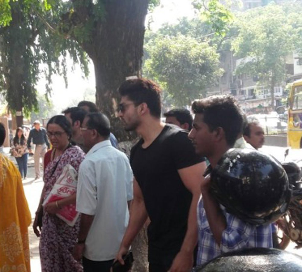 Gurmeet Choudhary SPOTTED in a queue outside Bank